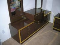 We are offering a brown & gold bedroom set. The set
