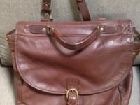 Selling this like brand-new briefcase/messenger bag,