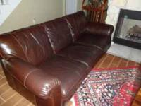 really nice leather sofa need to sell, good condition
