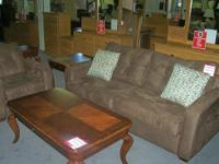 Rental return set excellent condition, Cort Furniture