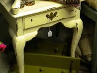 Broyhill All Wood Coastal Shabby Chic End Table Done in