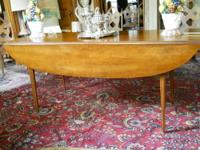 Beautiful Broyhill Fontana Solid Pine Farm Dining Table