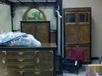 Beautiful queen bedroom set by Broyhill. It is the Ming