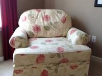 Broyhill overstuffed chair in excellent condition.