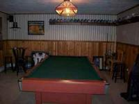 Brunswick 8Ft. Pool Table w/green felt top, leather