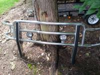 This listing is for a used brush guard off a 1999 Ford