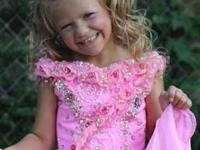 Bubblegum Cupcake Style Pageant Dress 3t-5t Cleaning