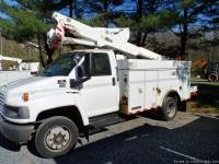 2004 GMC Duramax diesel bucket truck with altec AT37-G