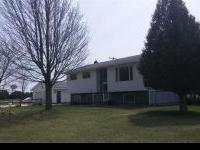 Well Maintained Bi-level On 23 Acres! This Home