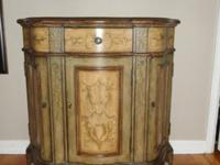 Beautiful two-toned vineyard buffet/credenza with one