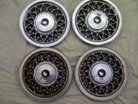 this set of buick wheel covers is 14 inch,they are in