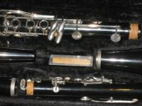 BUNDY CLARINET LIKE NEW USED ONLY FEW TIMES THIS