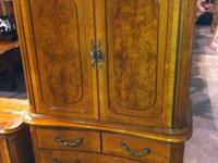 Absolutely Beautiful Vintage Burl Walnut Bedroom Set