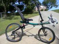 Like-new Burley Limbo Recumbent Bike. This recumbent