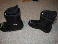 Burton Moto snowboarding boots. size 13. they have the
