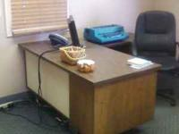 Desk For sale, In great condition, picture shows