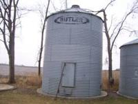 2,800 bushel butler tall style grain bin, walk in door,