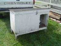 I have for sale a Bunny Hutch that is in good