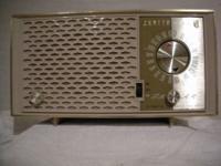 Wanted: Buying Fada Bullet 1000 Catalin Bakelite Radio
