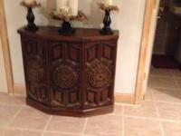 Wooden cabinet with 3 shelves This ad was posted with