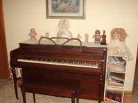 Cable Nelson Spinet Piano. Has a nice touch and a nice