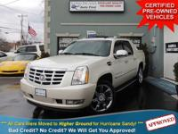 TAKE A LOOK AT THIS WHITE DIAMOND 2007 CADILLAC