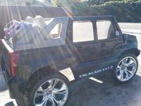 Cadillac Escalade power wheels everything works, needs