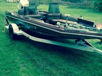 Bought the boat to fix up motor runs has a 150 Johnson