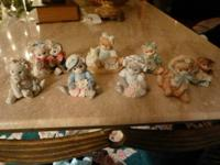 This set contains eight Calico Kittens Figurines