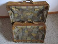 California Luggage (2 piece set) -Large piece is 26""