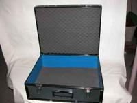 Hard camera/& accessory case. In good condition. Ken