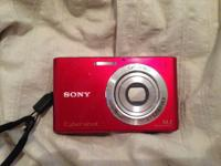 Selling a Sony Cybershot 14.1 Megapixles cam. It works