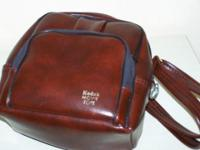 Camera Tote bag - Simulated brown leather exterior,