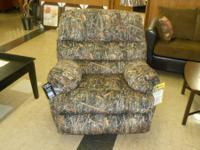 Brand-new in stock Simmons's name brand name recliner