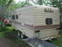 1986 23ft Komfort camper with goose neck hitch. Fully