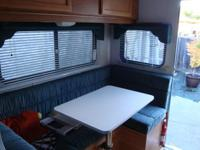1998 lance cabover camper completly self contained