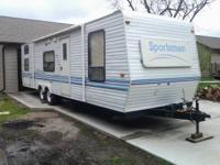 1998 30' sportsmen quad bunkhouse camper. Queen size
