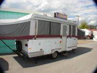 FLEETWOOD ARCADIA FULLY SELF CONTAINED FOLDING CAMPER