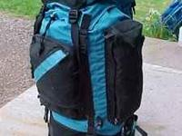 CampTrails Catskill Internal Frame Pack Excellent