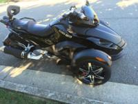 Can Am Spyder Roadster GS Phantom Black Limited