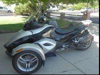 PRICE REDUCED!!This Can-am Spyder is in excellent