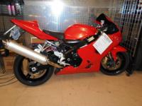Nice customized painted 2005 GSXR600 with 12,793 miles.