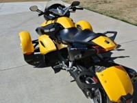 CanAm SPYDER It is in excellent condition, has been