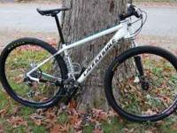 2011 Cannondale 29er 2 Aluminum mountain bike. Size