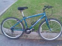Very nice and clean 21 speed Cannondale mountain Bike,