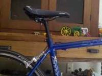 Selling an 07 Cannondale synapse sport. Like new