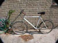 THIS IS A REALLY NICE CANNONDALE BICYCLE THAT NEEDS A