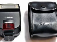 CANON 220EX SPEEDLIGHT FLASH IN EXCELLENT CONDITION