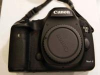 Selling my CANON 5D MARK III mint condition . Great