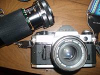 Canon 35 mm film camera  with strap, Macro focusing